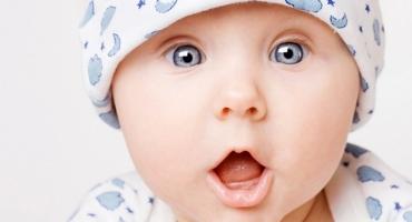 نوزاد آواهای تمام زبانهای دنیا را تشخیص میدهد